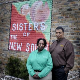Owners Kenneth & Vicky Brown [Image Source: The Savannah Morning News]